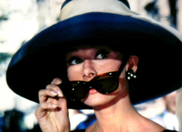 audrey-hepburn-breakfast-at-tiffanys-ray-bans